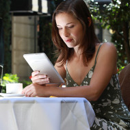 {On Reading} Print Versus Digital Reading: Which is Better?