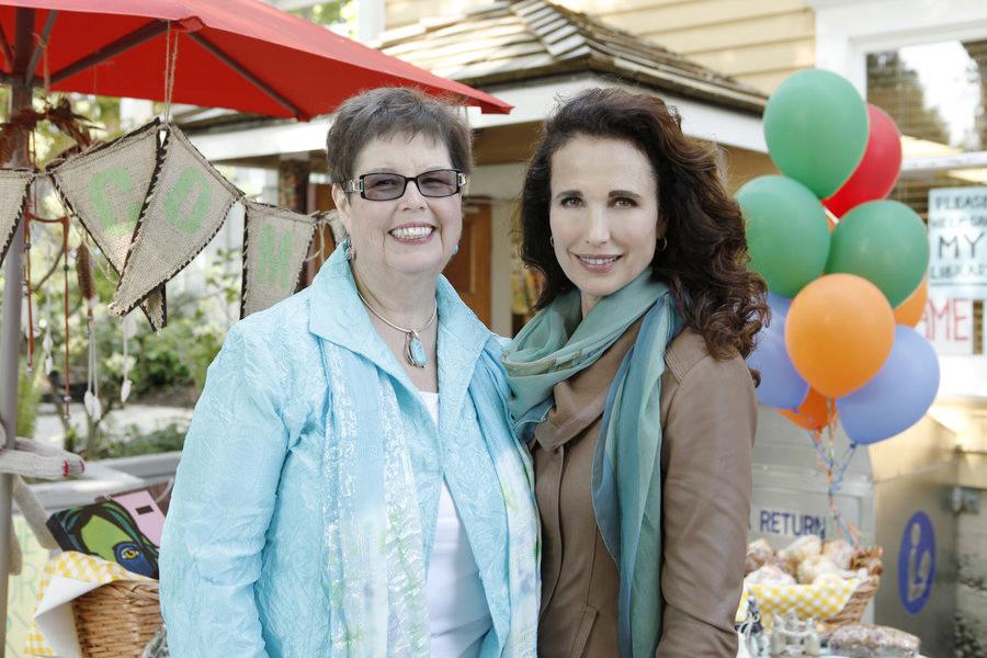 Debbie Macomber's Cedar Cove 1004-- (Photo by Katie Yu/Hallmark)